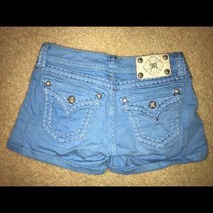 Miss Me jean shorts size 25